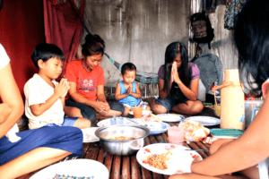 Crisis-PH-Haiyan-Three Weeks After-81-1312